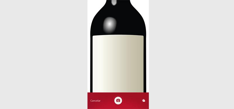 Fotografía una botella de vino con el móvil